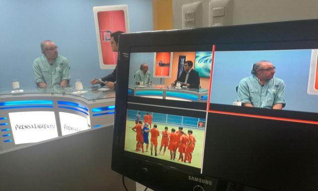 El estratega uruguayo, Gustavo Machaín, tiene a los rojos en la primera casilla del Apertura. (Foto Prensa Libre: Fernando López)