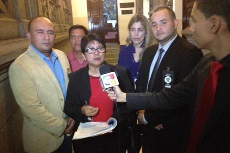 Los concejales aseguraron que el alcalde Julio Sánchez los intimida. (Foto Prensa Libre: Mario Morales.)