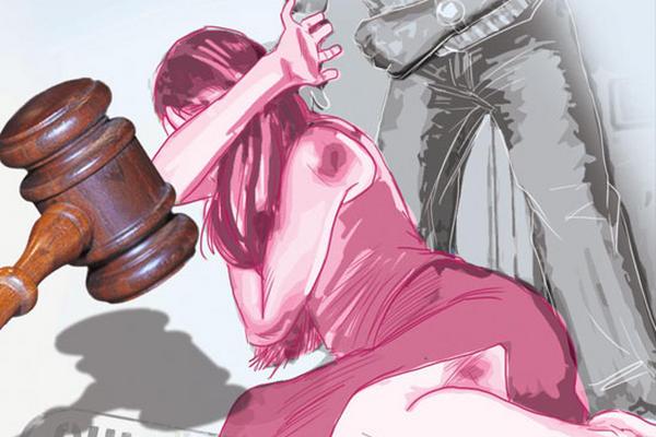 Durante el 2014 los tribunales de justicia emitieron 662 sentencias condenatorias en todo el país por violencia contra la mujer. (Foto Prensa Libre)