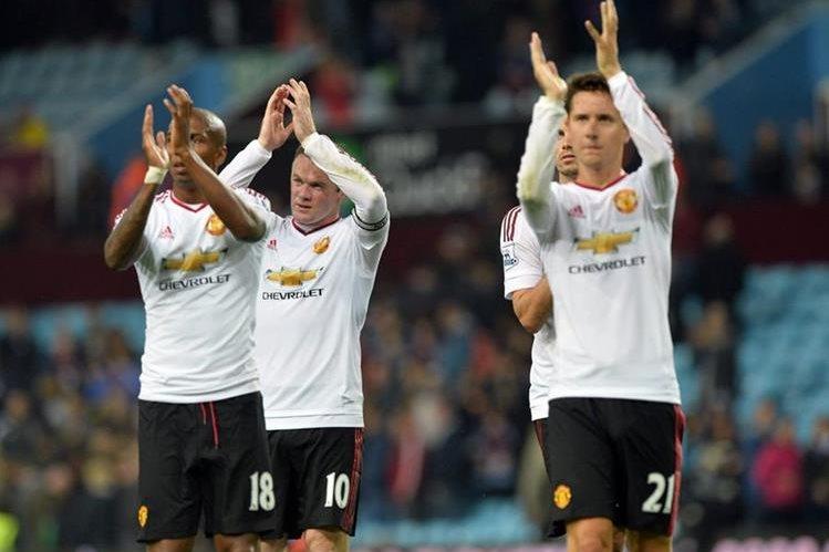 Los jugadores del Manchester United llegan motivados a la fase previa de Champions frente al Brujas. (Foto Prensa Libre: EFE)