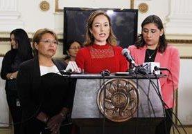 Diputadas presentan iniciativa para castigar a los acosadores sexuales. (Foto Prensa Libre: Paulo Raquec)