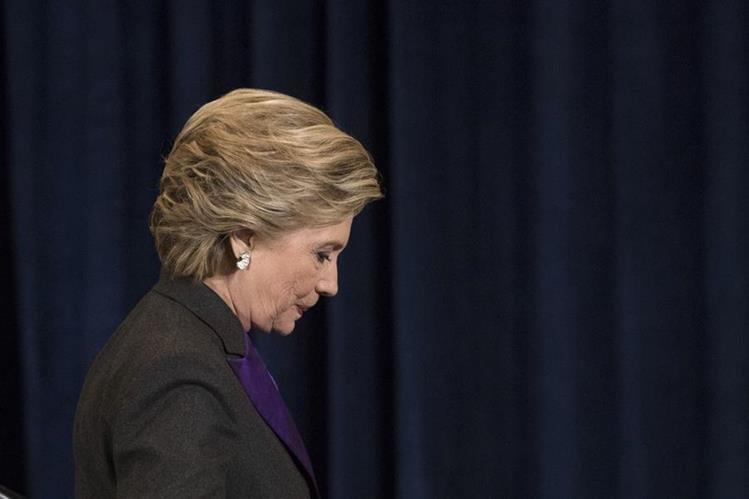 La excandidata demócrata a la presidencia de EE. UU., Hillary Clinton, culpa al FBI de su derrota. (Foto Prensa Libre: AP).