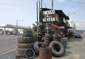 Pinchazo ubicado en la avenida Petapa 5-27 zona 12.(Foto Prensa Libre: José Patzán)