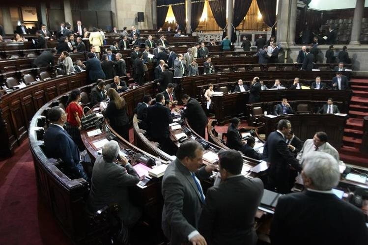 Tres facciones de diputados buscan los escaños en la máxima autoridad en materia monetaria, bancaria y crediticia. (Foto Prensa Libre: Hemeroteca PL)