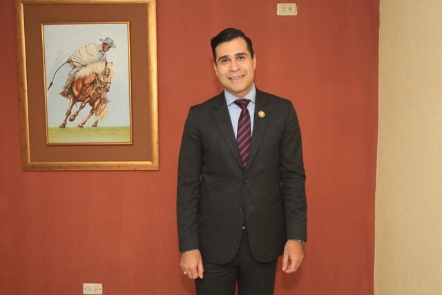 Neto Bran fue electo alcalde de Mixco en sustitución de Otto Pérez Leal. (Foto Prensa Libre: Hemeroteca PL)