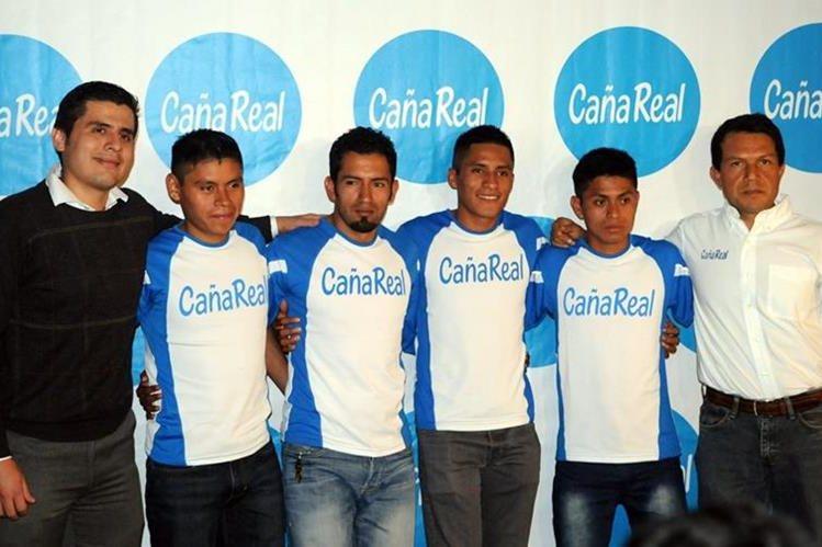 Este es el equipo Caña Real que verá acción el próximo sábado. (Foto Prensa Libre: Jeniffer Gómez)