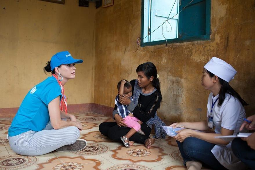 Katy Perry apoya campaña de Unicef y supervisa los trabajos en educación, desarrollo de la primera infancia en Vietnam. (Foto Prensa Libre: EFE)