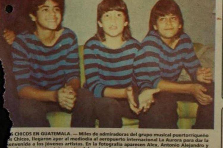 En la portada 25 octubre 1983 se publica la primera foto a color.