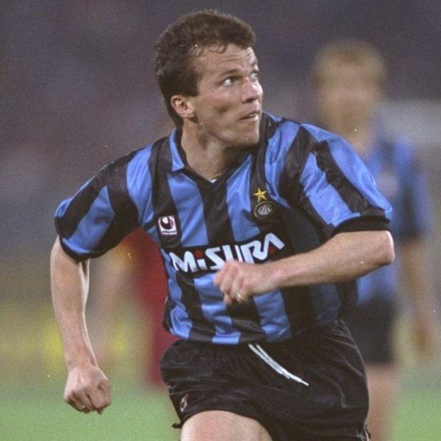 La Serie A del calcio italiano ganó tres partidos y perdió uno contra la primera división inglesa. (Getty Images)