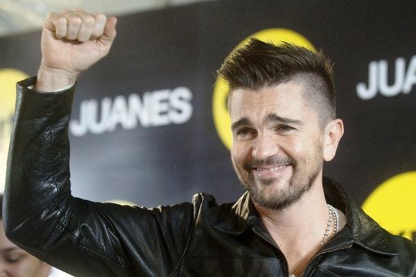 <p>El colombiano Juanes promociona el álbum Loco de amor. (Foto Prensa Libre: AFP)<br></p>
