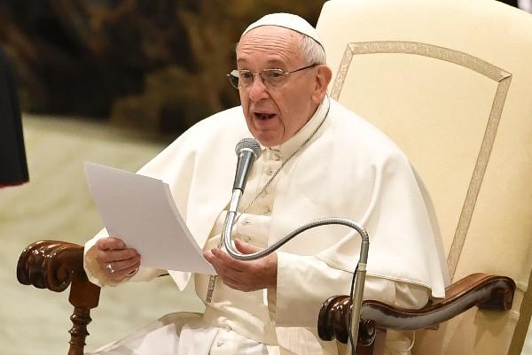 El papa Francisco anima a Donald Trump a defender la dignidad y la libertad en todo el mundo.