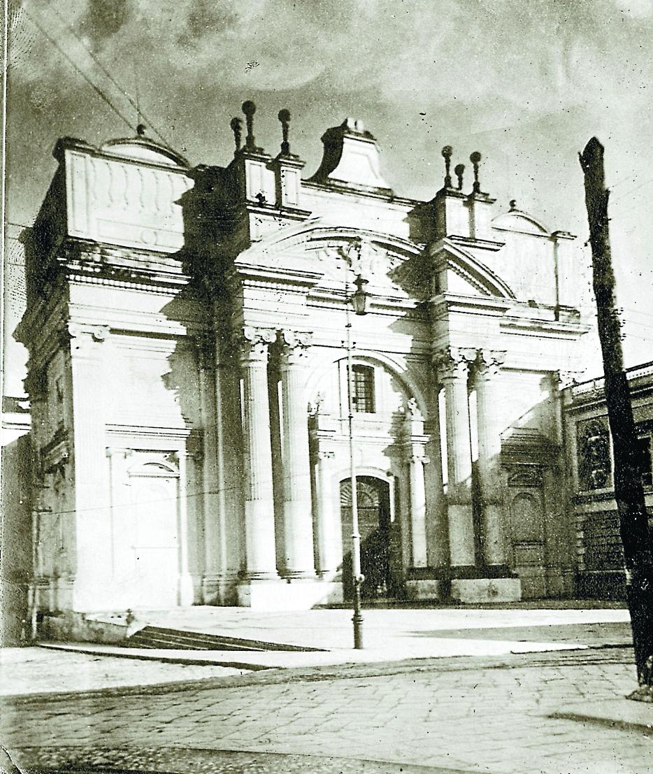 Templo de San Francisco, antes de los terremotos de 1917 y 1918. (Foto: Hemeroteca PL)