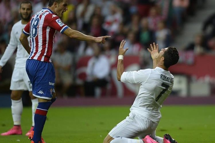 Cristiano Ronaldo fue el jugador más importante para el Madrid pero no logró hacer la diferencia. (Fotos Prensa Libre: AFP)