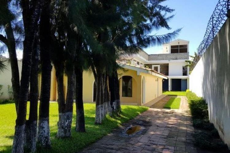 La lujosa casa de supuesto narco, Manuel Felipe Arenales Monroy, es administrada por la Senabed. (Foto Prensa Libre: Ministerio Público)