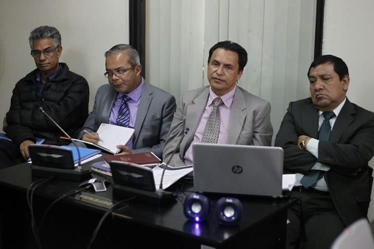 Carlos Muñoz y José Luis Patán quedaron ligados a proceso en el caso Redes. (Foto Prensa Libre: Paulo Raquec)