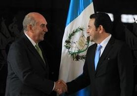 Las sonrisas entre Mario Taracena y Jimmy Morales quedaron en el pasado. (Foto Prensa Libre: Hemeroteca PL)