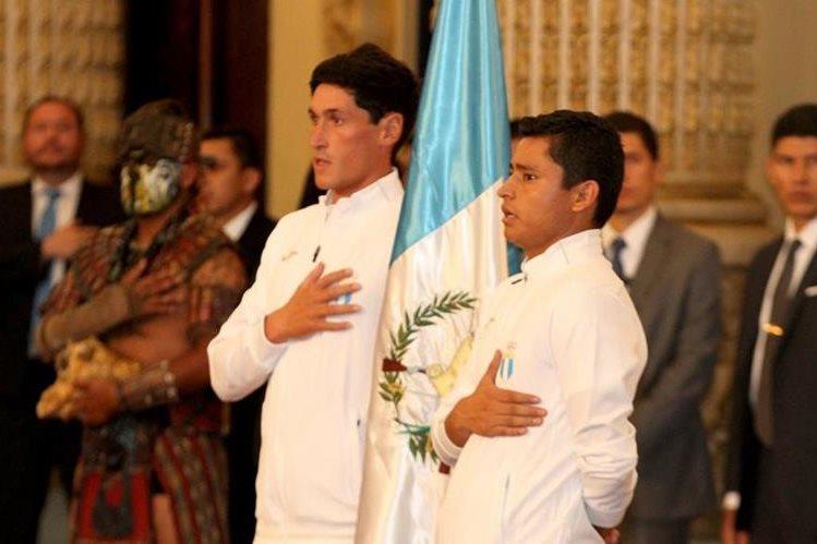Juan Ignacio Maegli durante la juramentación de la delegación guatemalteca. (Foto Prensa Libre: Cortesía COG)