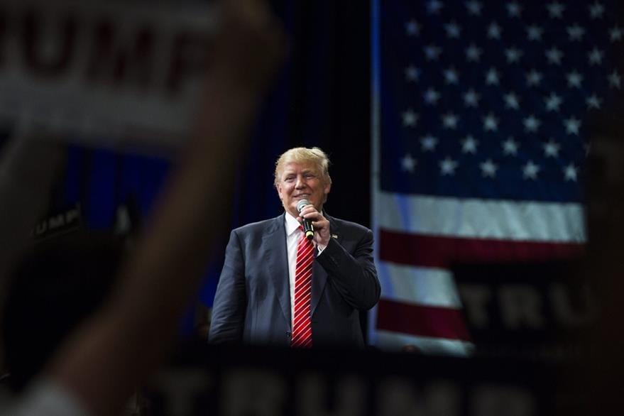 El empresario estadounidense Donald Trump, el favorito en la carrera por la candidatura republicana a la Casa Blanca, habla en el Centro de Convensiones de Tampa, Florida. (Foto Prensa Libre: EFE).