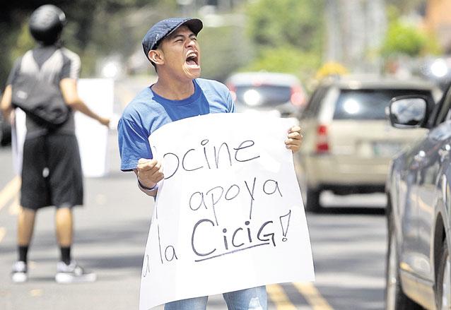 El apoyo popular a la Cicig se refleja en la última encuesta publicada por Prensa Libre en Agosto de 2015. (Foto: Hemeroteca PL)