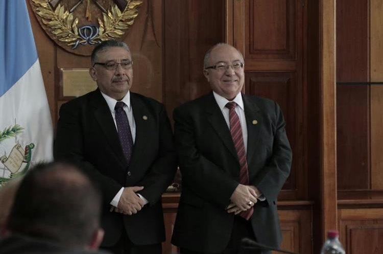 El presidente actual de la CSJ, Nery Medina, dijo confiar en la elección del magistrado Pineda Barales. (Foto Prensa Libre: Paulo Raquec)
