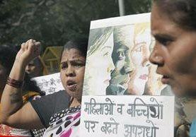 Protesta en India por violaciones de niñas. Foto Prensa Libre (EFE)
