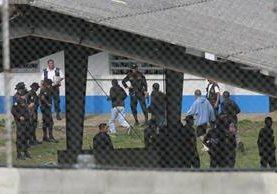 Los centros tienen seguridad perimetral a cargo de la Policía Nacional Civil y el Ejército, a excepción del lugar conocido como Gorriones. (Foto Prensa Libre: Hemeroteca PL)