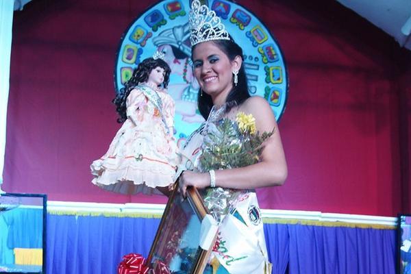 <p>Miriam Catalán Alvarado fue coronada este fin de semana. (Foto Prensa Libre: Carlos Grave)<br></p>