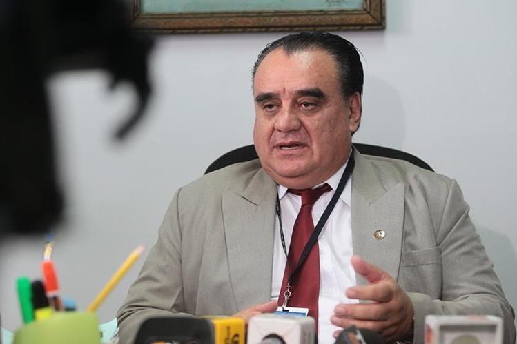 Magistrado Gustavo Adolfo Dubón Gálvez durante una entrevista en abril del año pasado. (Foto Prensa Libre: Hemeroteca PL)