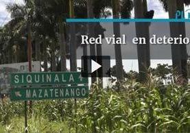 Entre los kilómetros 65 y 75 de la ruta al Pacífico, Escuintla, hay 264 baches. (Foto Prensa Libre: Álvaro González)