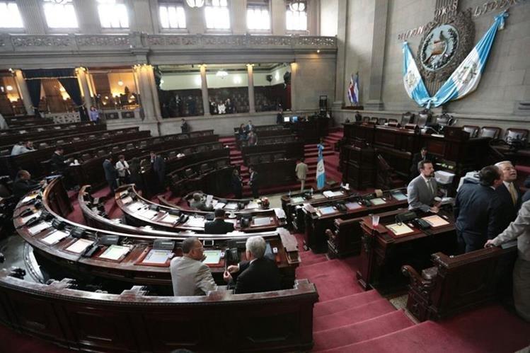 Se esperaba que hoy los diputados aprobaran la nueva propuesta de presupuesto. (Foto Prensa Libre: Carlos Hernández)
