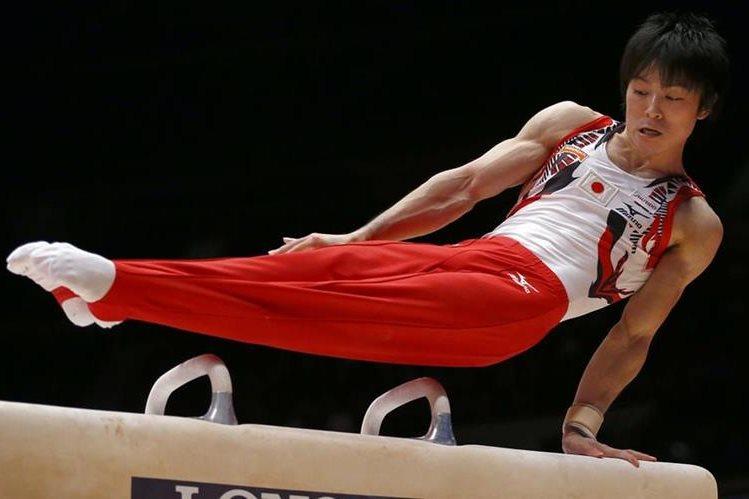 """Puede que el gimnasta olímpico japonés Kohei Uchimura haya sido campeón del mundo en seis ocasiones, pero no tendrá mucho éxito en sus esfuerzos en """"Pokémon Go"""". (Foto Prensa Libre: Hemeroteca PL)"""
