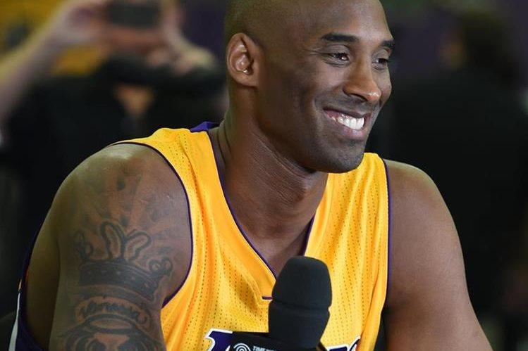 El astro de los Lakers, Kobe Bryant arranca una nueva temporada en la NBA. (Foto Prensa Libre: Hemeroteca)