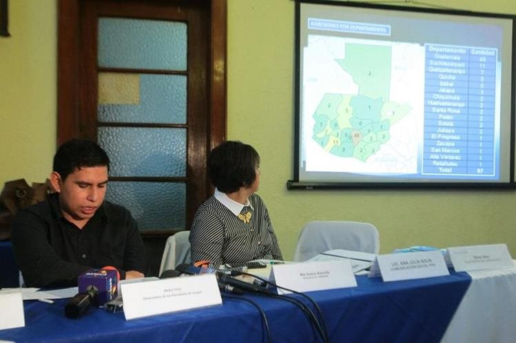 El Observatorio de Periodistas hace público su informe sobre agresiones a la prensa. (Foto Prensa Libre: Álvaro Interiano)