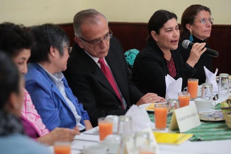 Juramentan a Postuladora para elección de Fiscal General de Guatemala