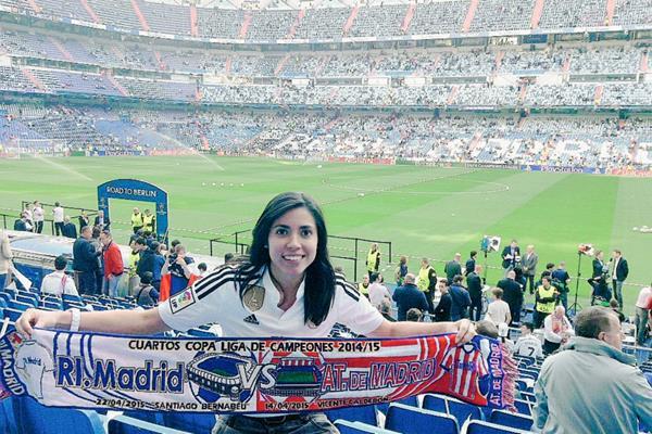 Ana Lucía Martínez disfrutó en el estadio Santiago Bernabéu, en Madrid. (Foto Prensa Libre: Ana Lucía Martínez).