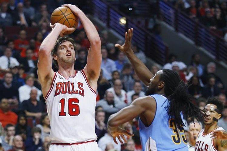 El pivot Pau Gasol continuará los Bulls de Chicago. (Foto Prensa Libre: AFP)