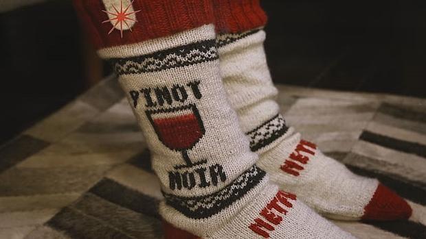 Los calcetines inteligentes de Netflix tienen un sensor que detecta si la persona se queda dormida frente al televisor y hace una pausa.