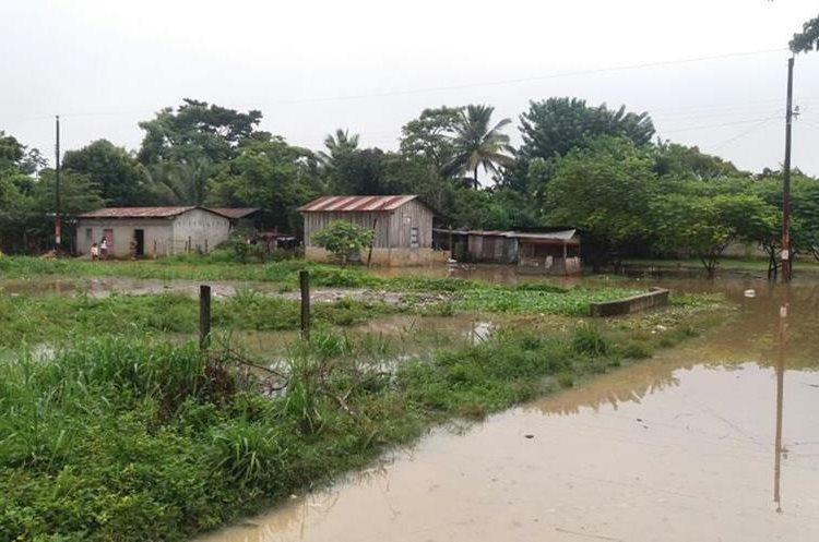 La zona 1 de Sayaxché, Petén, fue la más afectada por las lluvias. (Foto Prensa Libre: Rigoberto Escobar)