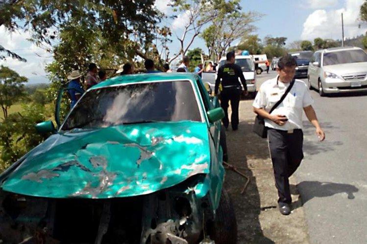 El percance dejó siete personas heridas. (Foto Prensa Libre: Dony Stewart)