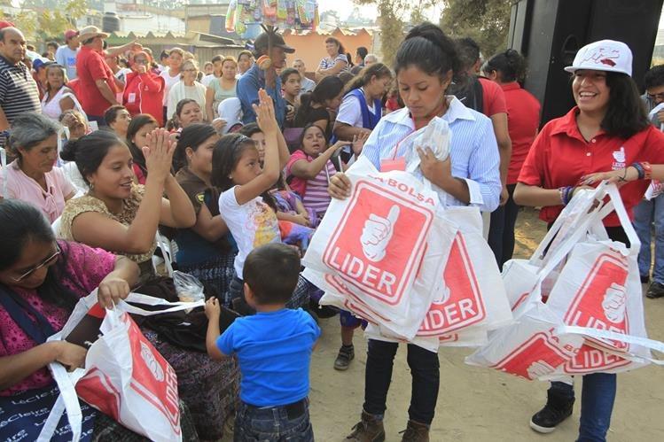 Líder gastó más de Q61 millones en la actual campaña electoral, de acuerdo a registros del TSE. (Foto Prensa Libre: Hemeroteca PL)