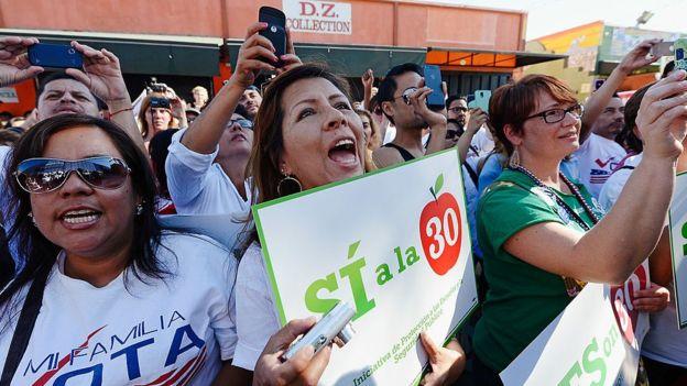 California aprobó en un referendo la proposición 30, que aumentaba los impuestos a los ricos.