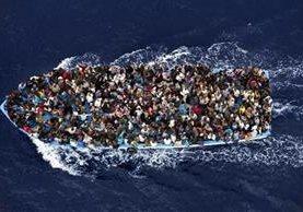 En lo que va de 2016, más de dos mil personas murieron en el Mediterráneo tratando de llegar a las costas europeas. (AFP).