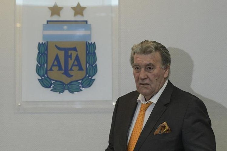 Armando Pérez, presidente de la Asociación de Futbol Argentino (AFA), espera que los asambleístan cesen en sus demandas (Foto Prensa Libre: AFP)