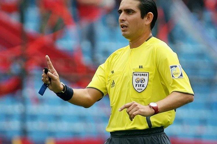 Juan Carlos Guerra será el árbitro central del amistoso que disputará Estados Unidos y Nueva Zelanda. (Foto Prensa Libre: Hemeroteca PL).