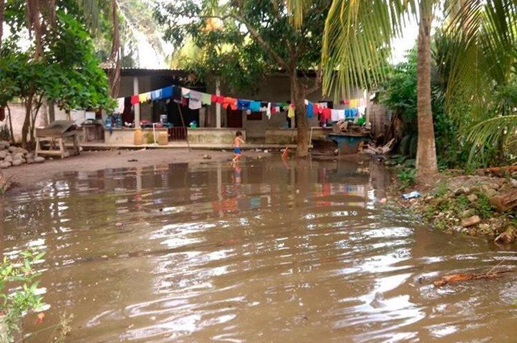 La zona costera de San Marcos, es la más propensa a inundaciones por el desbordamiento de los ríos. (Foto Prensa Libre: Whitmer Barrera)