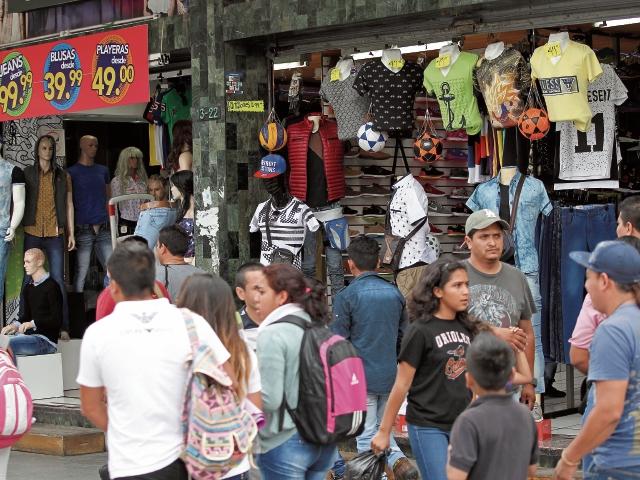 Pago del bono 14 aumenta el poder adquisitivo de los trabajadores guatemaltecos, que reciben ese beneficio en julio.