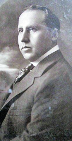 Doctor Rodolfo Robles.