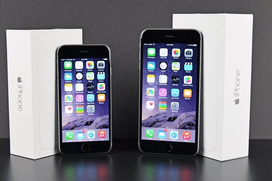 Steve Jobs jamás imaginó un teléfono tan grande como lo es el iPhone 6 Plus. (Foto Prensa Libre: Tomada de Apple).