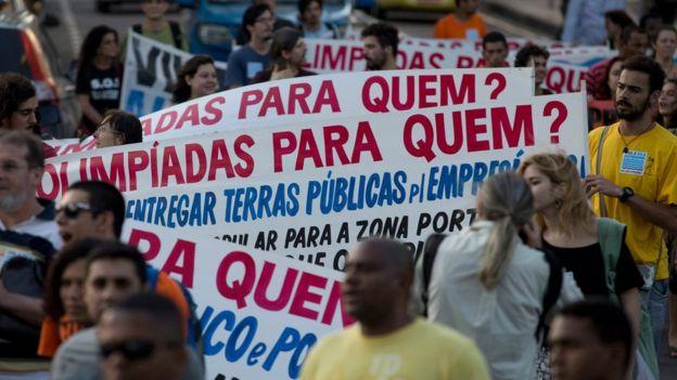 Los juegos han sido objeto de protesta en Brasil.  (AP)