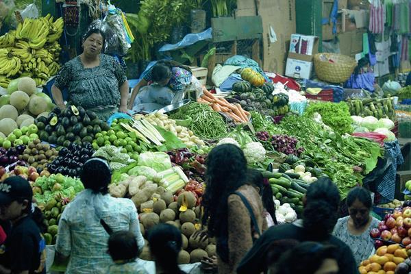 Los precios de los alimentos se mantienen estables, según el INE.